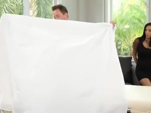 Fabulous big boobed MILF Veronica Rayne jumps on masseur's dick