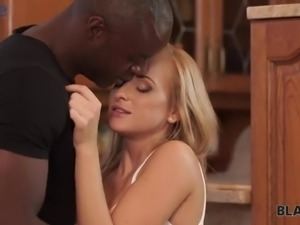Talkative beautiful Czech blondie Shanie Ryan takes sloppy dick into her twat