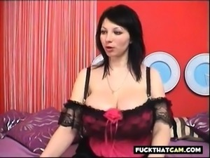 Fabulous huge tit webcam 2
