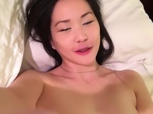 cam girl cumming twice - watch part2 on xxxcamporn.com