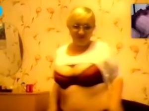 Mature lady webcam