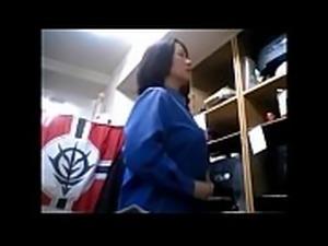 【盗撮動画】本物素人熟女のお着替え隠し撮り