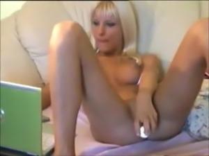 Blonde Webcam Babe kandance