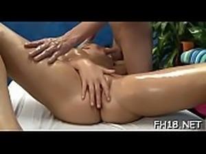Hawt gives a hawt massage with a hawt surprise fuck!