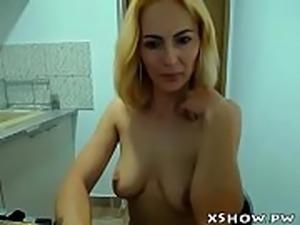 Mature Amateur Woman Live Webcam Flashing