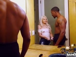 Interracial banging is what wet pussy of lovely Elsa Jean deserves