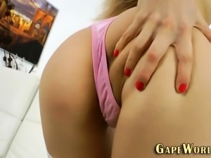 Teen anally gapes open