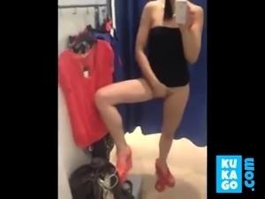 Selfie fitting room play