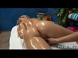 It seems beauty likes the way he&#039_s drilling her anus