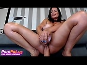Horny MILF Fills Both Her Holes