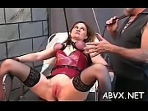 Hottie needs a harsh treat for her creamy amateur snatch