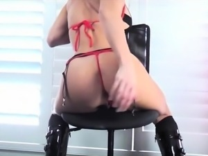 Hot amateur girl gets her ass creampied