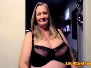 BustyBlondGem cam