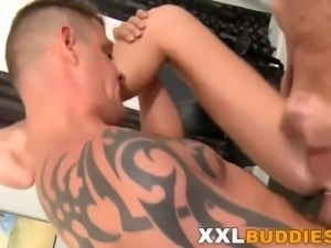 Gay dude jerking his dong
