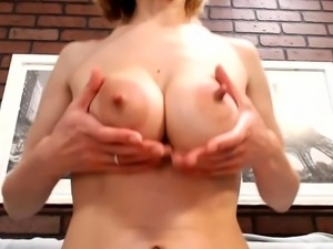Milky girl squirt on webcam - Part 2 on pornurbate com