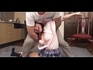 Foi brincar de luta com sua irm&atilde_,acabou fudendo a buceta dela parte 1