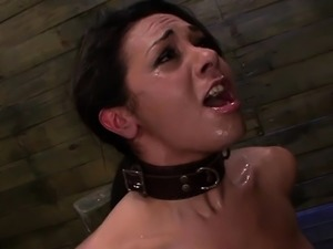 Thraldom vixen invites giant strapon up her gaping pussy