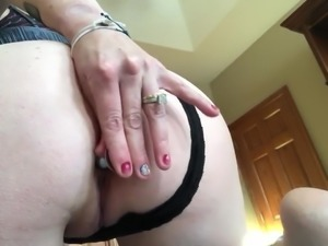 Married slut got a new toy