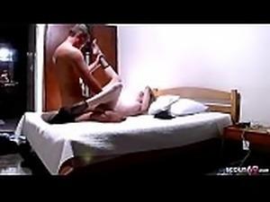 German Teen - VERSTECKTE KAMERA UND STRASSEN HURE HEIMLICH GEFILMT BEI SEX
