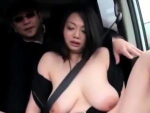 Startling maid Nachi Kurosawa riding a big fang