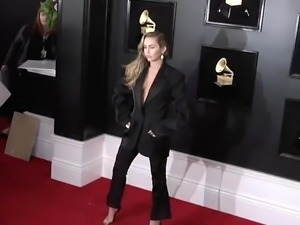 Miley Cyrus - 2019 Grammy Awards Arrival