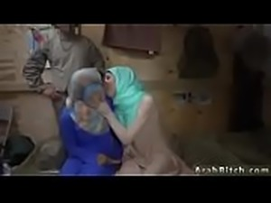 Arab Blowjob Amateur - Watch Her On WebcamFreeGirls.com