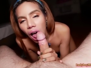 Asian shemale winnie blowjob and bareback
