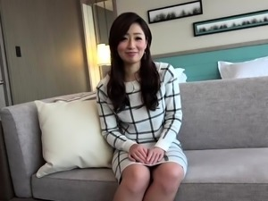 Elegant Japanese babe with small tits has a hunger for cock